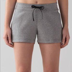 LULULEMON size 10 shorts